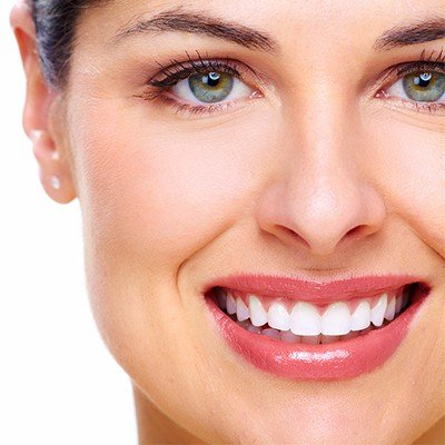 How much does teeth scaling cost in Turkey?