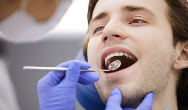 كيف يتم فينيرالأسنان؟